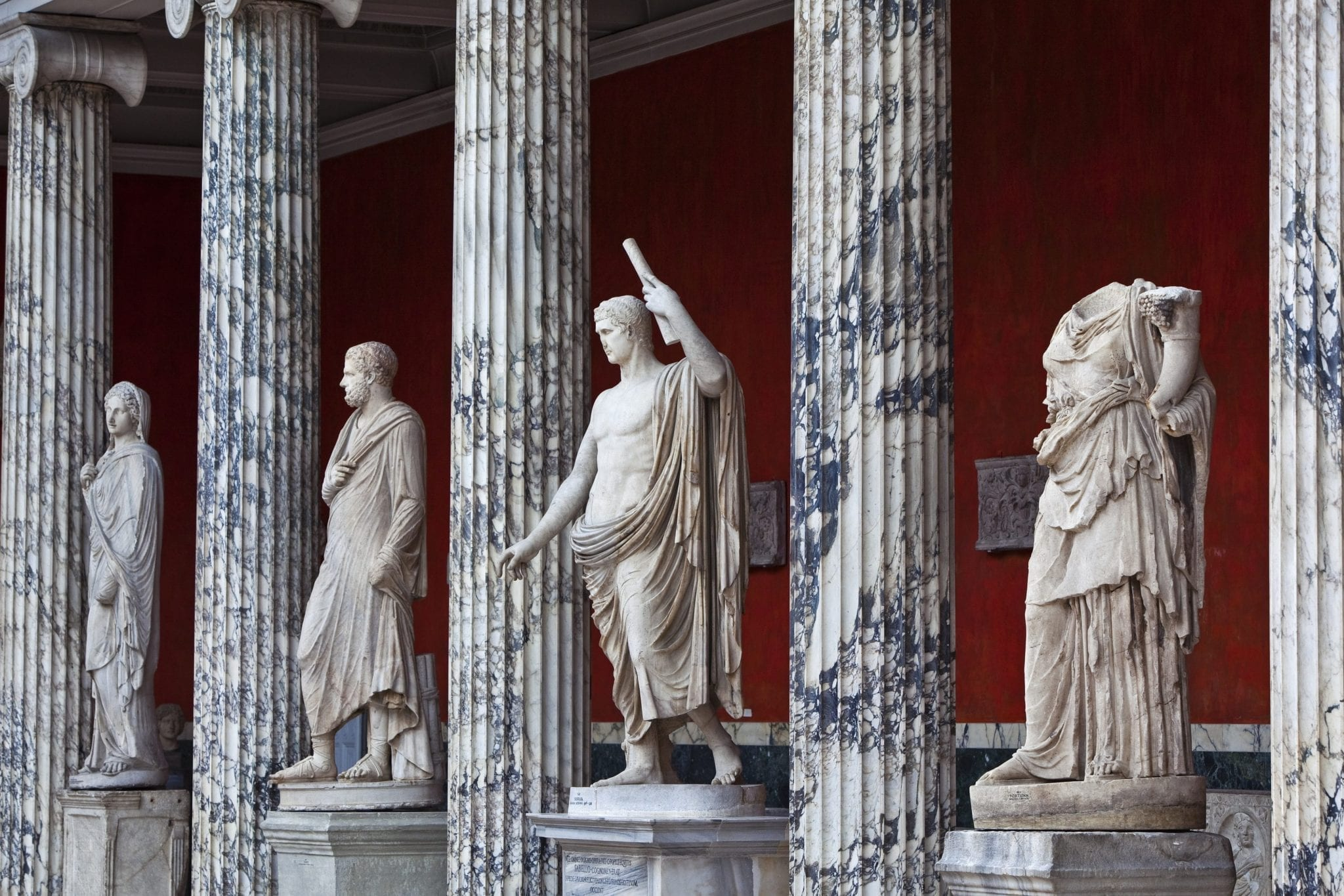Image of statues from one of the rooms in Glyptoteket